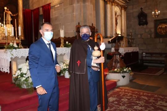 O Concello de Padrón distingue como Peregrino de Honra a Xesús Palmou, director da Academia Xacobea