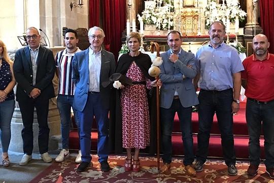 O Concello de Padrón distingue a Nava Castro como terceira Peregrina de Honra