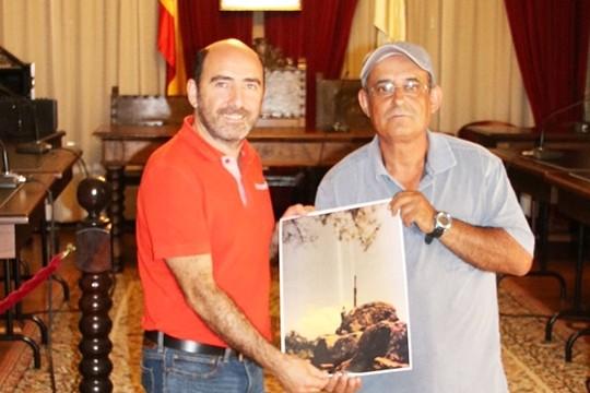 O Concello de Padrón programa unha vintena de actividades co gallo da Romaría do Santiaguiño do Monte